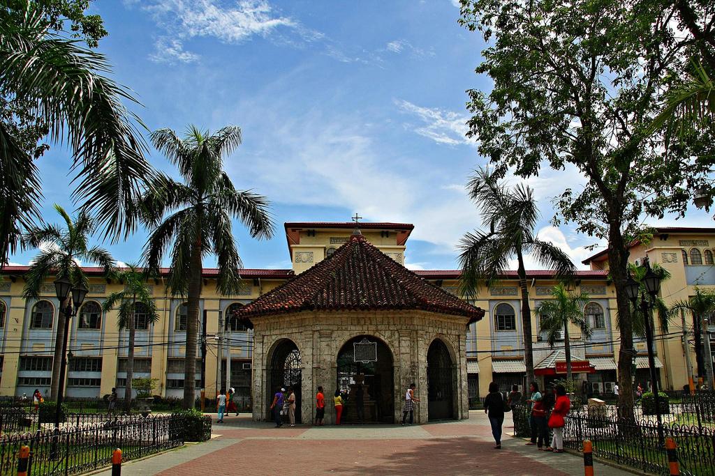 Top 5 Most Luxurious Hotels In Cebu | Cebu City Tour
